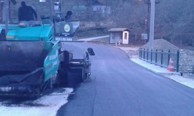 Selde tahrip olan yollar asfaltlandı