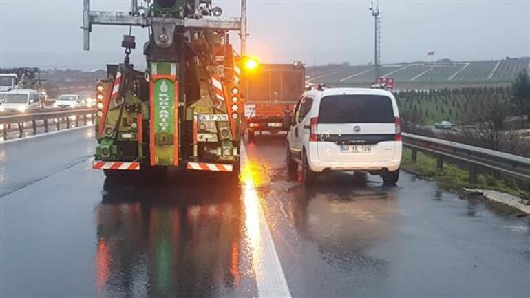 TEM'de kaza! Edirne istikameti trafiğe kapandı