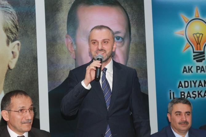 AK Parti Genel Başkan Yardımcısı Kandemir muhalefete yüklendi