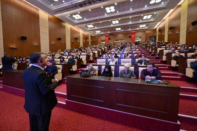 """Ankara Büyükşehir Belediyesi personeline """"kamu ihale kanunu"""" eğitimi"""