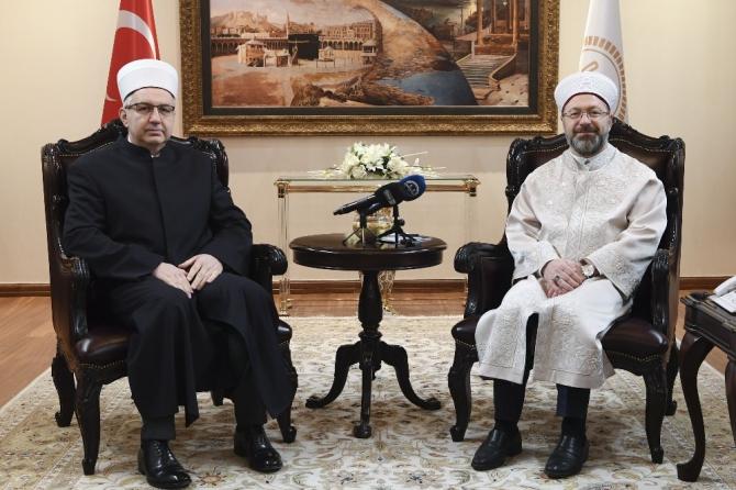 Diyanet İşleri Başkanı Erbaş, Slovenya Müslümanları Müftüsü'nü kabul etti