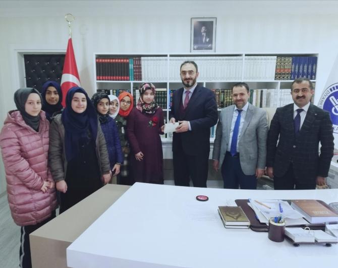 Diyarbakır'da lise öğrencilerinden örnek davranış