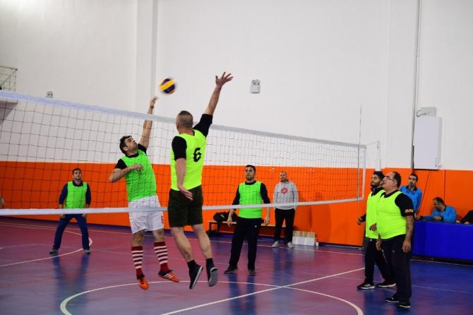 Yeşilyurt Belediyesi, 'Birimler Arası Voleybol Turnuvası' düzenledi