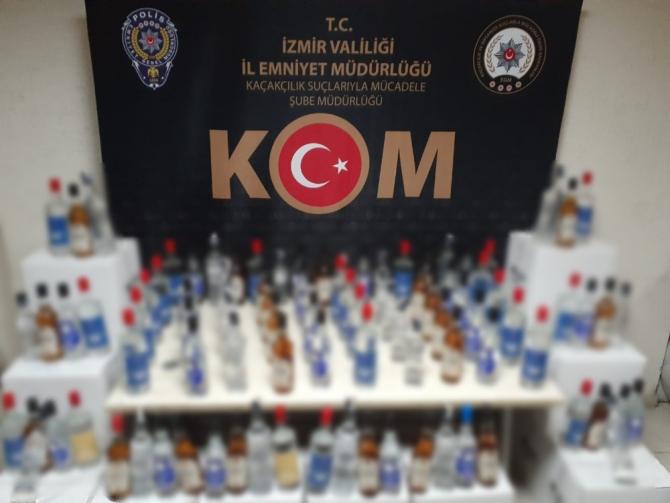 İzmir'de bin 406 şişe sahte içki ele geçirildi