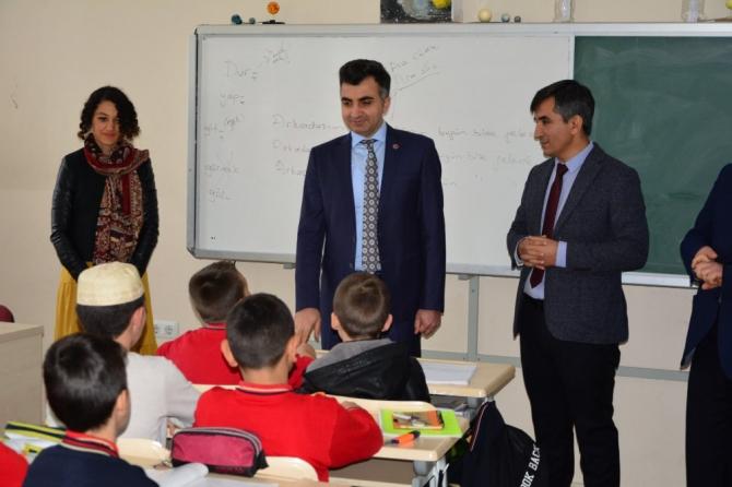 Milli Eğitim Müdüründe okullarda inceleme