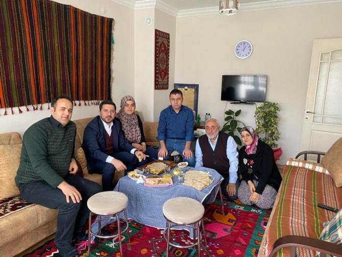 Nevşehir Belediye Başkanı Arı'dan Niğde'ye tatlı ziyareti