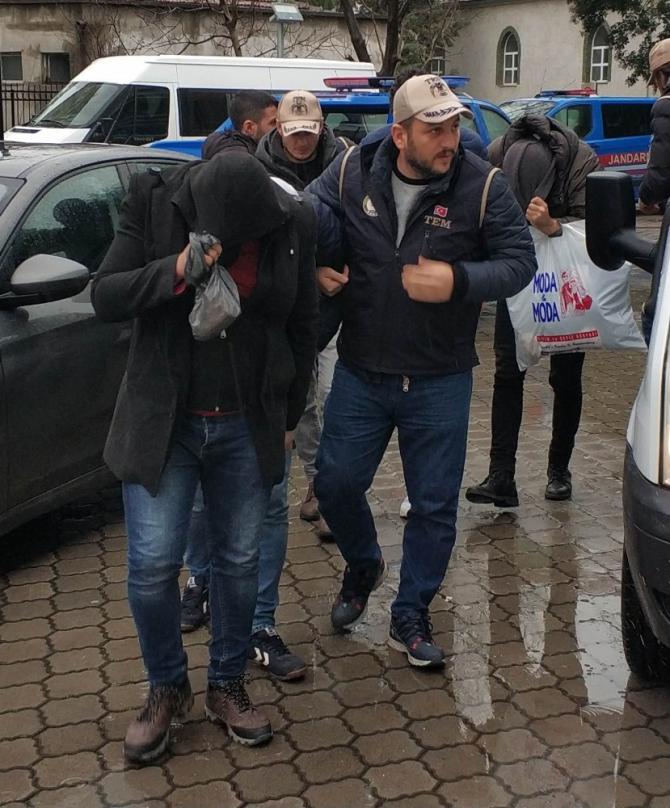 FETÖ'nün mahrem yapılanması operasyonunda 4 kişi daha adliyeye sevk edildi