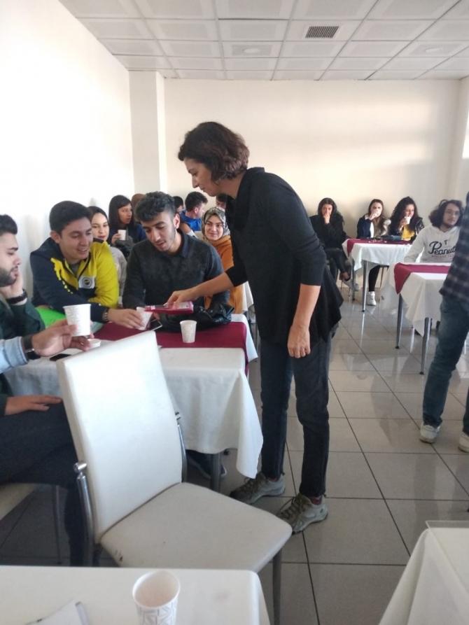 Burhaniye'de 'Kombu Çayı' semineri