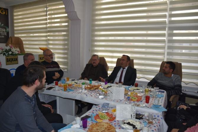 Başkan Sülük, gazetecilerle biraya geldi