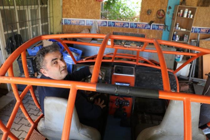 İlkokul mezunu demirci ustası, kendi yaptığı hayalindeki arazi aracıyla engelleri aşıyor