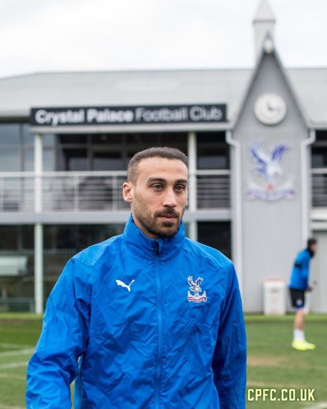 Cenk Tosun resmen Crystal Palace'ta