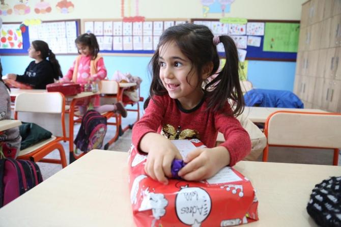 Alışan çalışanları Tunceli'ye mutluluk taşıdı