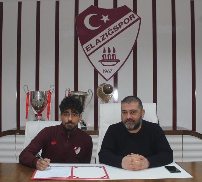 Elazığspor 2 oyuncusunun sözleşmesini uzattı