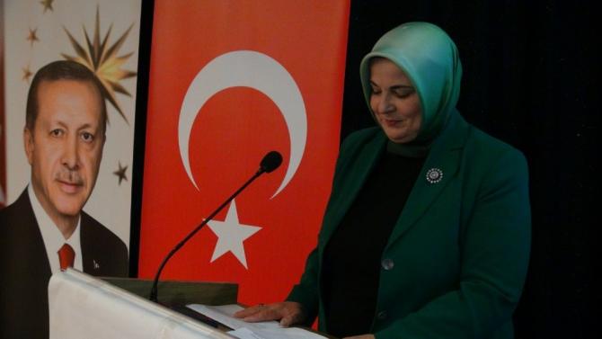 AK Parti Kadın Kolları Başkanı Aynur Oğuzhan: