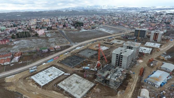 Başkan Üçok'tan 4. Etap TOKİ inşaatında inceleme