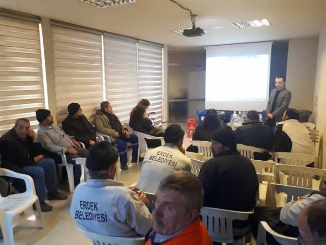 Belediye personeline 'Atık Geri Dönüşüm' konulu eğitim