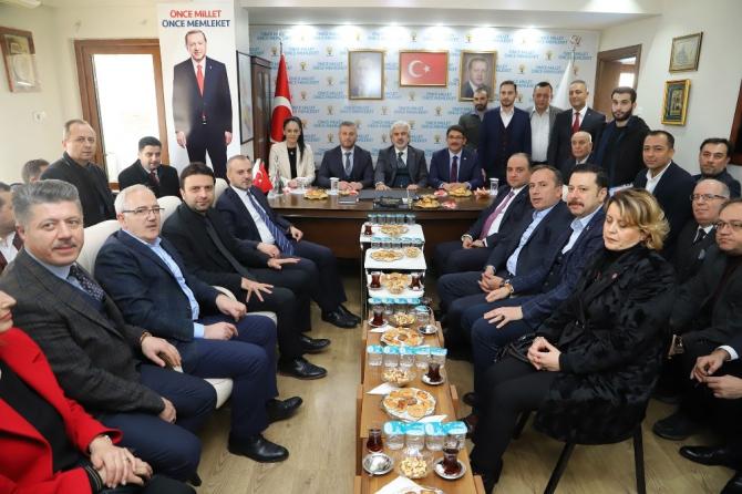 """AK Parti'li Çipilioğlu: """"İlçe teşkilatımız Türkiye'ye örnek gösterildi"""""""