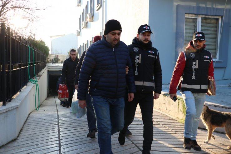 Balıkesir merkezli FETÖ/PDY operasyonunda yakalanan 10 şüpheliden 5'i salıverildi