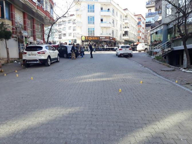Esenyurt'ta iki grup arasında silahlı çalışma çıktı: 1 yaralı