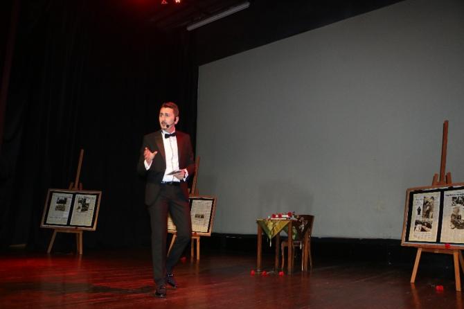 Kartal'da Atatürk'ün hayatı, 'Vasiyet' adlı tek kişilik gösteriyle anlatıldı