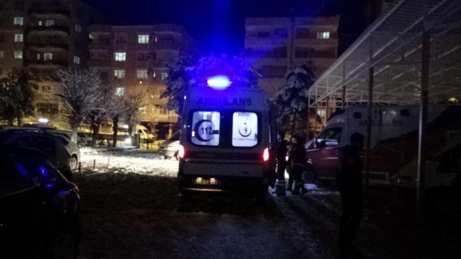 Siirt'te ekipler deprem bölgesine gitmek için hazır bekliyor