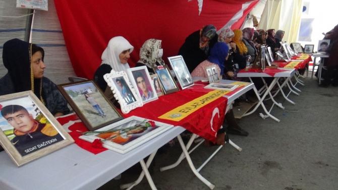 HDP önündeki ailelerin evlat nöbeti 146'ncı gününde