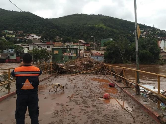 Brezilya'da sel felaketinde ölü sayısı 53'e yükseldi
