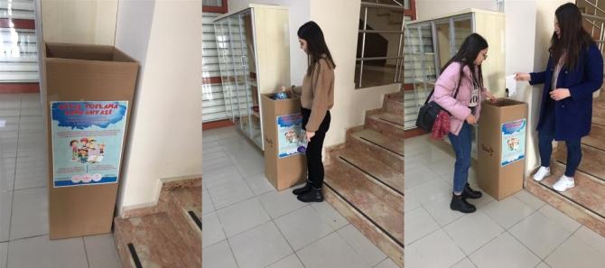 Düzce'de başlatılan kampanyaya kitaplar gelmeye başladı