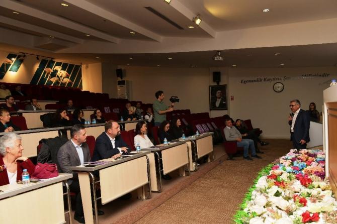 Çiğli'de yöneticiler, kadınlar için bir araya geldi
