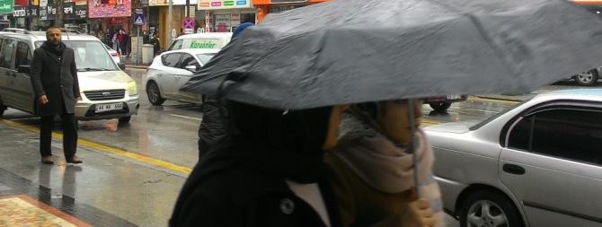 Deprem bölgesinde 2 gün daha yağış beklentisi