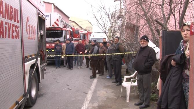 Sultangazi'de yangın paniği, mahsur kalanlar son anda kurtarıldı