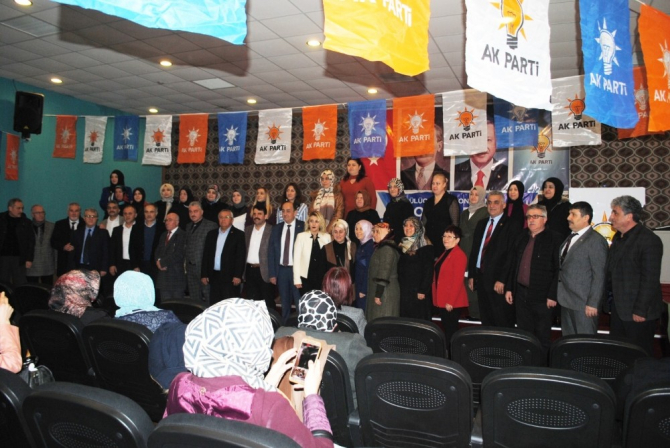 AK Parti Kadın Kolları Gülüç'te kongresini yaptı