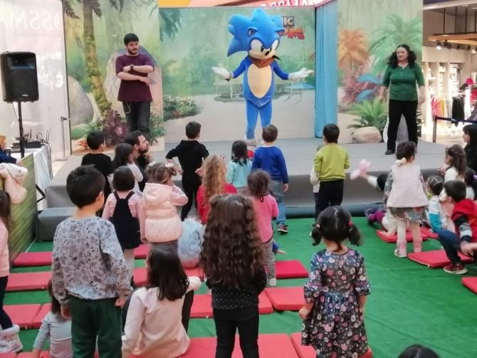 Bolu'da, çocuklar Sonic Boom etkinliği ile doyasıya eğlendi