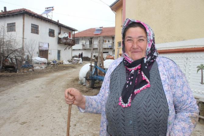Çatlayan barajdan dolayı boşaltılan köylerde hayat normale döndü