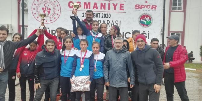 Erzurum Spor Lisesi ISF koştu