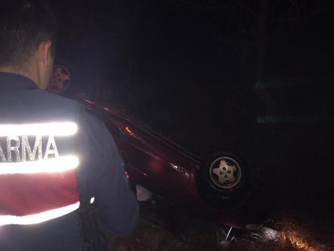 Otomobiliyle takla attı, itfaiye kurtardı
