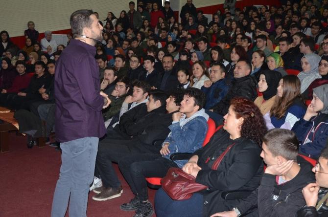 Öğrencilere motivasyon konferansı