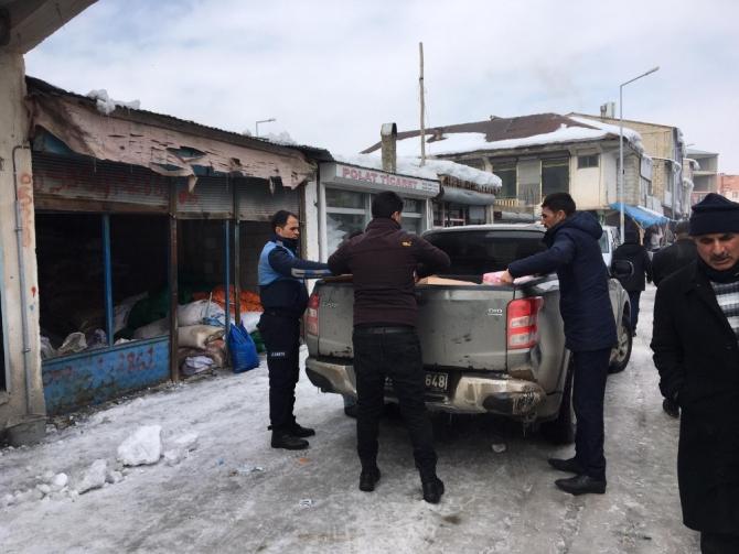 Çaldıran Belediyesinden Başkale'ye uzanan sıcak el