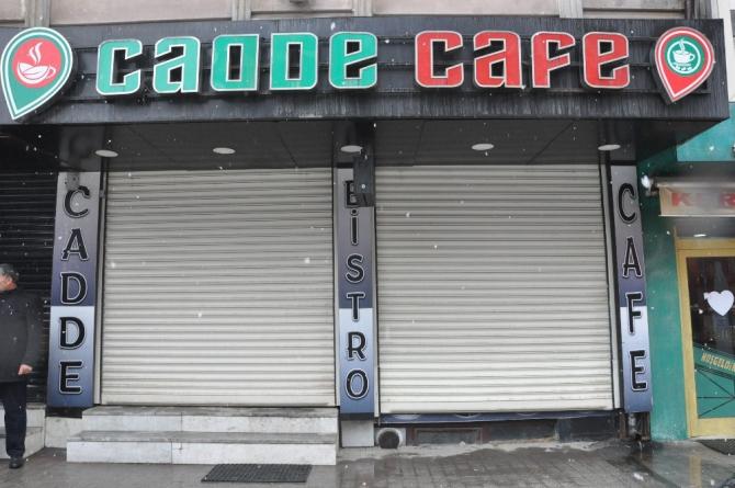 Yüksekova'daki kafeler kapatıldı