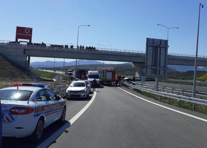Manisa'da feci kaza: 3 ölü, 1 ağır yaralı