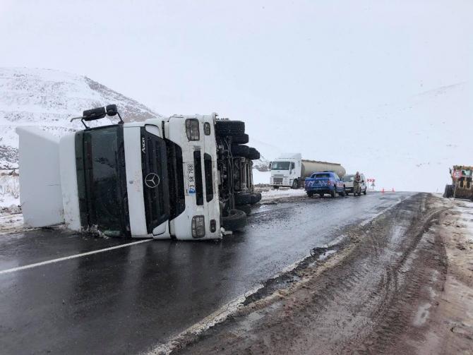 Aktaş yolunda trafik kazası
