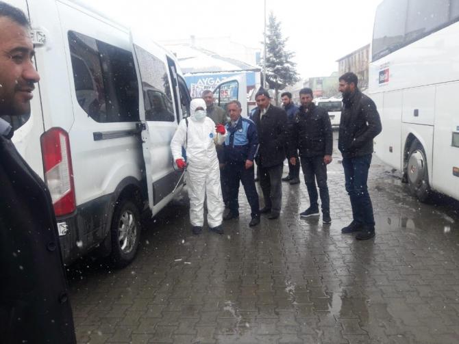 Arpaçay Belediyesi dezenfekte çalışmalarını sürdürüyor