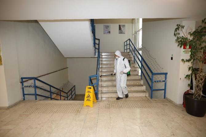 Gaziantep'te temizlik timi 7/24 iş başında