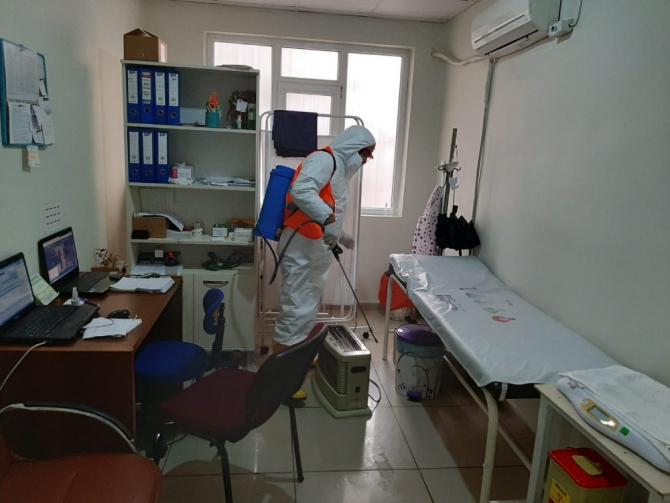 Bağlar Belediyesi sağlık merkezlerini dezenfekte etti