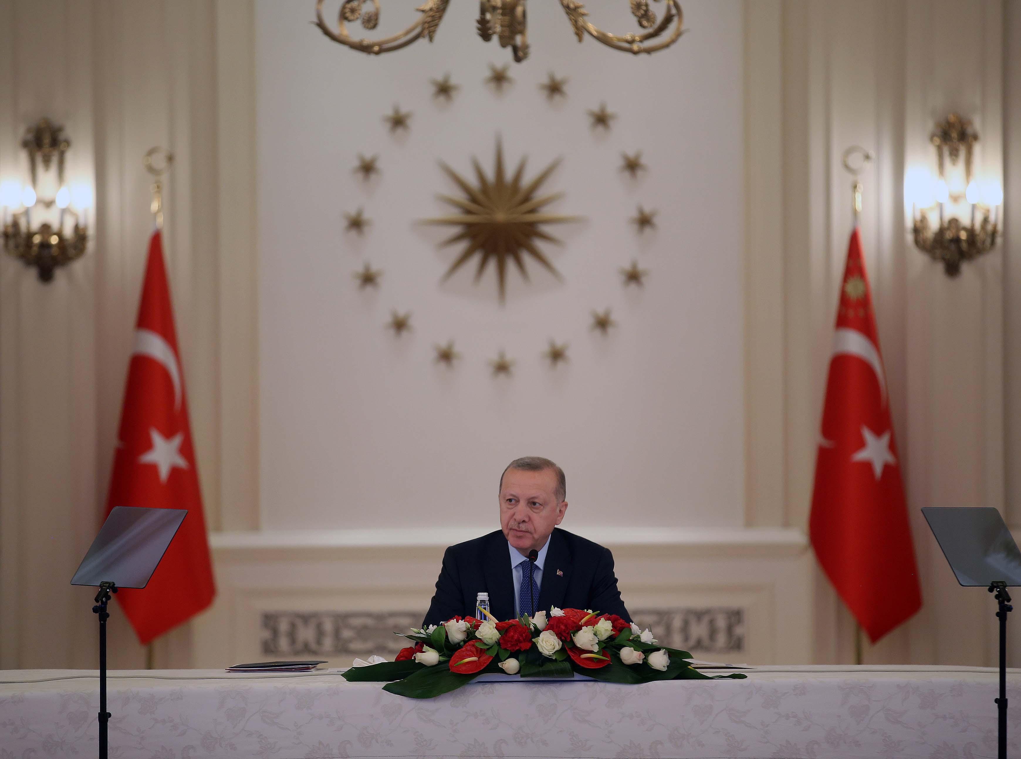 Erdoğan: Hastalığı kontrol altında tutarsak güzel bir tablo bizi bekliyor