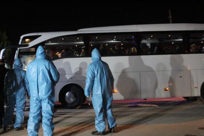 Yurt dışından gelen 859 kişi Kocaeli'deki yurtlara yerleştirildi