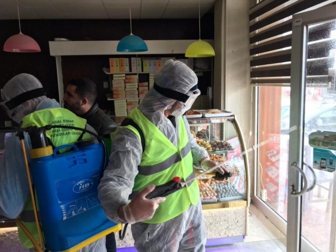 Kangal'da iş yerleri dezenfekte edildi