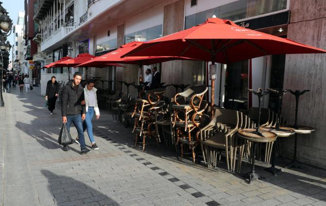 Tunus'ta sokağa çıkma yasağı ilan edildi