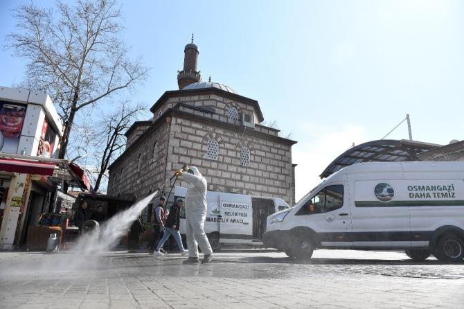 Osmangazi'de camiler dezenfekte edildi