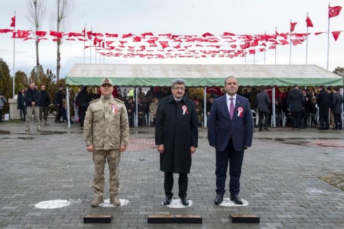 Van'da 18 Mart Şehitleri Anma Günü ve Çanakkale Deniz Zaferi'nin 105. yılı
